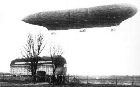 Luftschiffhalle in Biesdorf